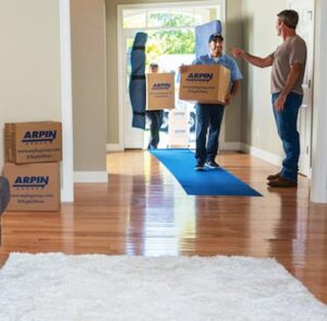 Arpin Long Distance Movers helping move box's