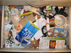 kitchen drawer with microwave sensor cables that should not be packed on an Arpin of RI shipment